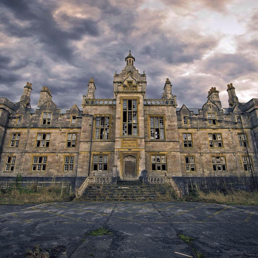 Un altro castello abbandonato