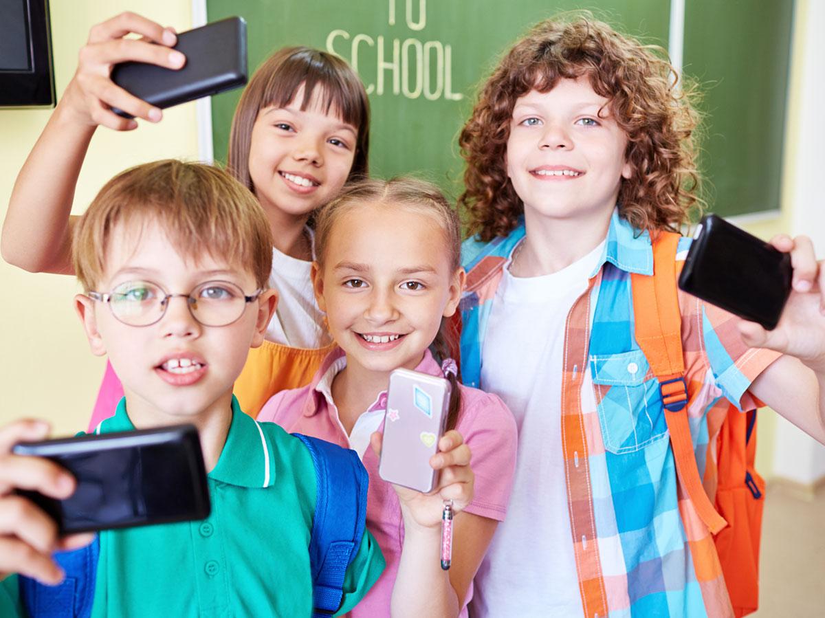 A settembre ritornano a scuola gli studenti… ma anche i loro smartphone!