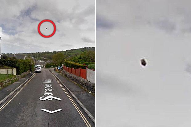 Google Maps: uno strano oggetto simile ad un UFO sorvola una cittadina inglese