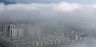"""Pioggia """"made in China"""": Pechino lancia il progetto di pioggia artificiale più ambizioso al mondo"""