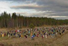 Durante un tour con Google Maps per le pianure in Finlandia, un giovane ha visto qualcosa di terrificante. E le immagini sono diventate subito virali