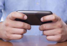 10 modi per capire un uomo dai suoi SMS