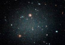 "Galassia ""fantasma"" intriga gli scienziati: manca qualcosa da NGC1052-DF2"