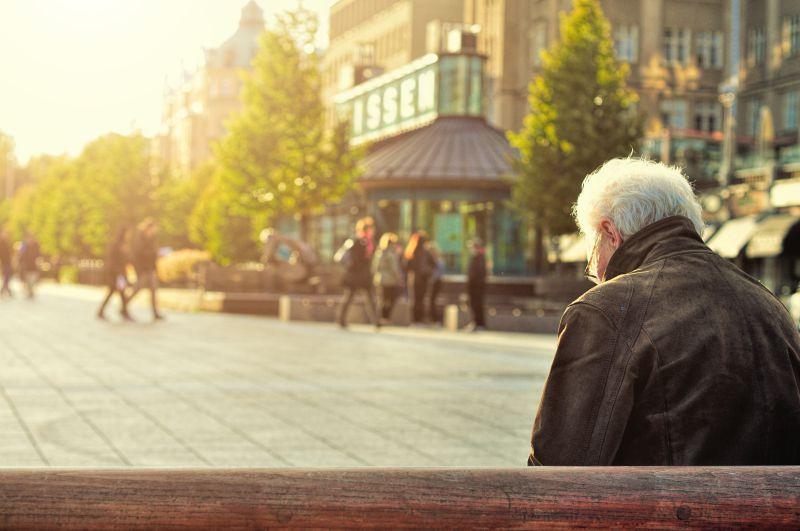 La solitudine fa male al cuore e aumenta il rischio di morte prematura