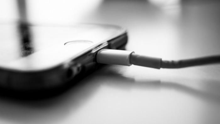 iOS 11.4.1 consente di bloccare gli accessori USB per impedire la violazione dell'iPhone