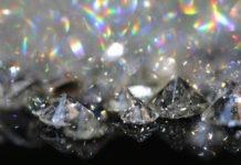Scoperti milioni di tonnellate di diamanti sotto la crosta terrestre, ma c'è un problema nell'estrarli