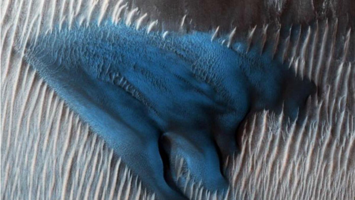 Marte: una duna blu sul pianeta rosso
