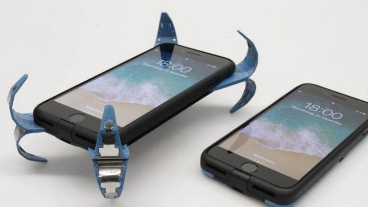 ADCASE è l'airbag per smartphone e potrebbe essere l'invenzione più geniale dell'anno