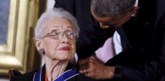 Katherine Johnson, la donna che aiutò a raggiungere la Luna compie 100 anni