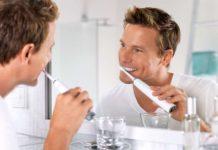 igiene orale uomo
