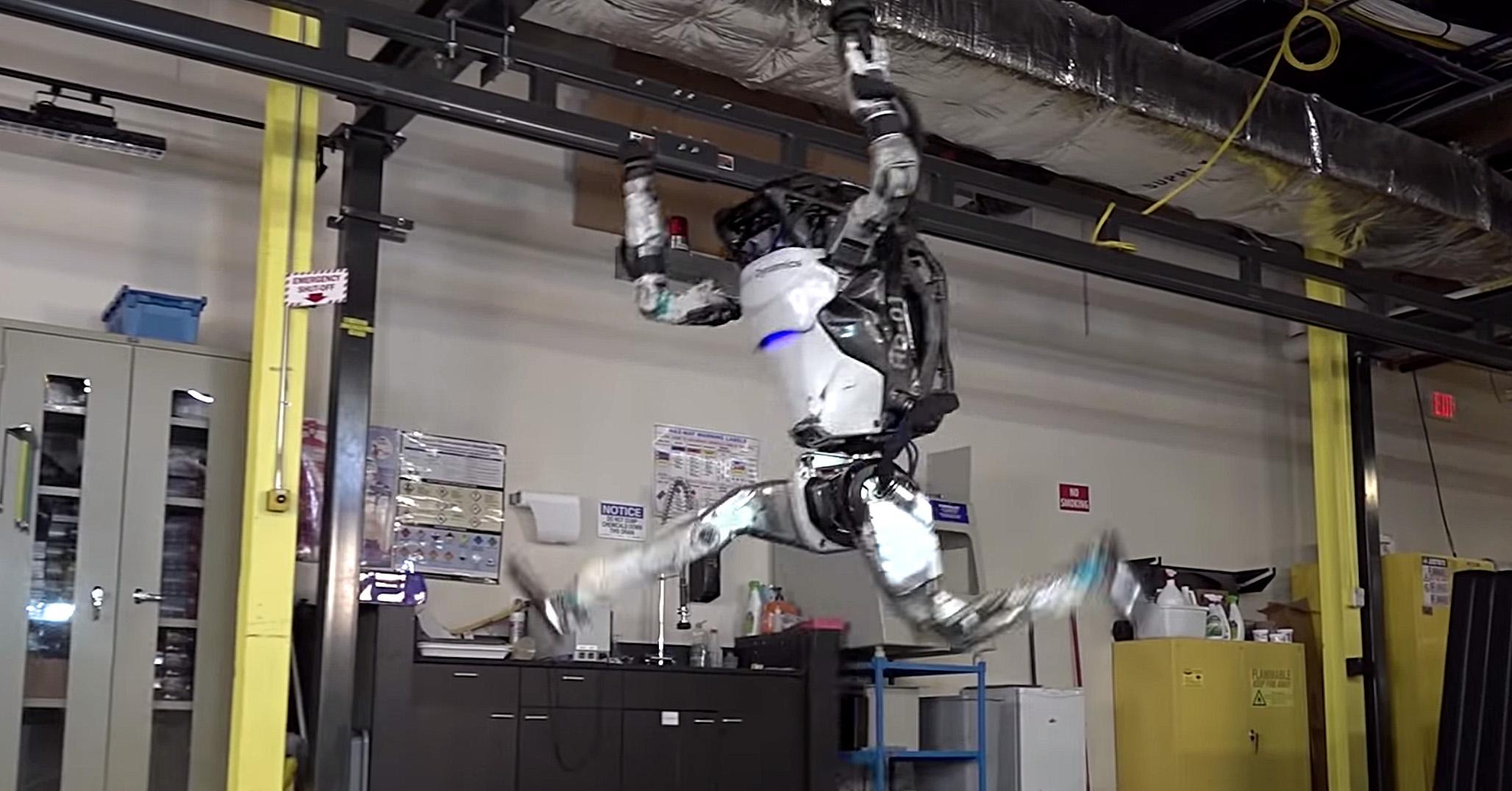 robot-atlas-boston-dynamics