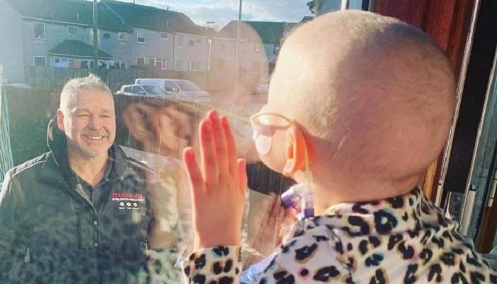 Mila Sneddon: la ragazza con il cancro e uno dei simboli di questa pandemia da coronavirus